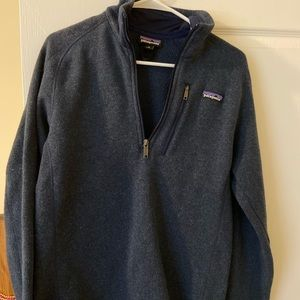 Navy glue Patagonia pullover